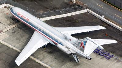 N874AA - Boeing 727-223(Adv) - American Airlines