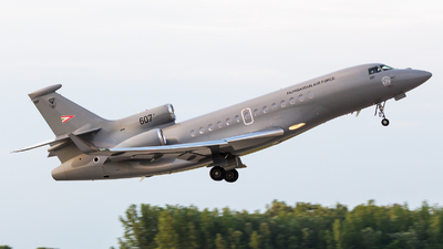 607 - Dassault Falcon 7X - Hungary - Air Force