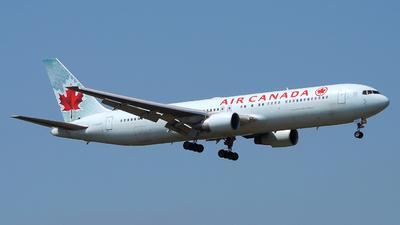 C-FMWP - Boeing 767-333(ER) - Air Canada