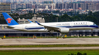 A picture of B320S - Airbus A350941 - China Southern Airlines - © SINO6702