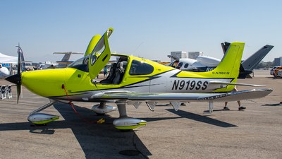 N919SS - Cirrus SR22-GTS Carbon - Cirrus Design Corporation