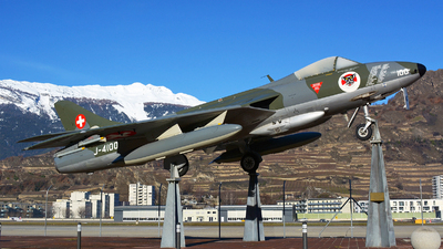 J-4100 - Hawker Hunter F.58 - Switzerland - Air Force