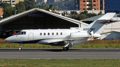 N907MC - Hawker Beechcraft 800XP - Private