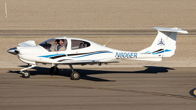 N806ER - Diamond DA-40 Diamond Star - Private