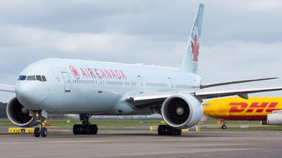 C-FIUW - Boeing 777-333ER - Air Canada