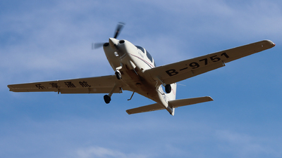 B-9751 - Cirrus SR20 - Enjoy Fly