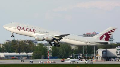 A7-HHE - Boeing 747-8KB(BBJ) - Qatar - Amiri Flight