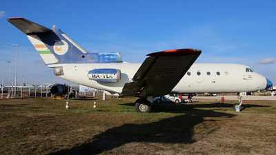 HA-YLR - Yakovlev Yak-40 - Flight Inspection Service
