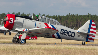 N52900 - North American SNJ-2 Texan - Atlantic Aviation