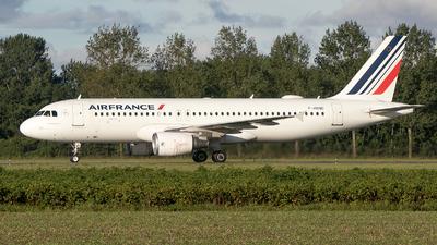 F-HBND - Airbus A320-214 - Air France