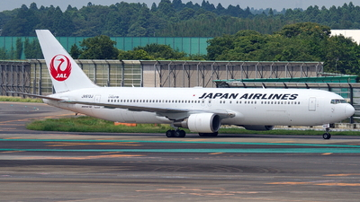 JA613J - Boeing 767-346(ER) - Japan Airlines (JAL)