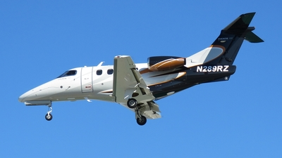 A picture of N289RZ - Embraer Phenom 100 - [50000289] - © Michael Sender