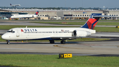 N945AT - Boeing 717-2BD - Delta Air Lines