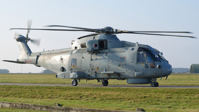 ZH827 - Agusta-Westland Merlin HM.1 - United Kingdom - Royal Navy