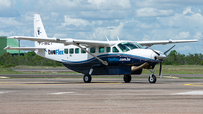 PT-MEY - Cessna 208B Grand Caravan - Two Taxi Aéreo