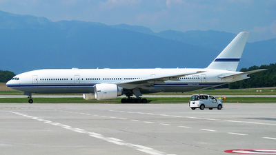 N777AS - Boeing 777-24Q(ER) - Mid East Jet