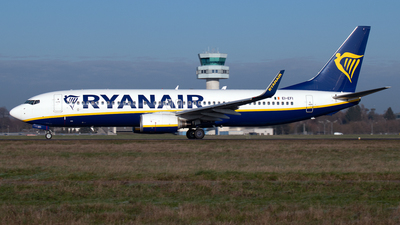 A picture of EIEFI - Boeing 7378AS - Ryanair - © PAUL LINK
