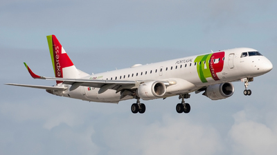 CS-TTZ - Embraer 190-200IGW - TAP Express