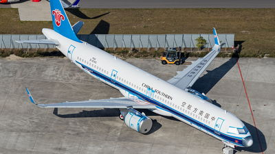 D-AYAS - Airbus A321-253NX - China Southern Airlines