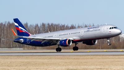 A picture of VPBAY - Airbus A321211 - Aeroflot - © Andrei Kurach