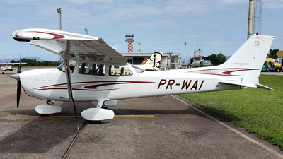 PR-WAI - Cessna 172S Skyhawk SP - Private