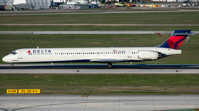N961DN - McDonnell Douglas MD-90-30 - Delta Air Lines