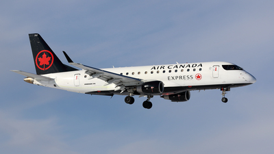 C-FRQM - Embraer 170-200SU - Air Canada Express (Sky Regional Airlines)