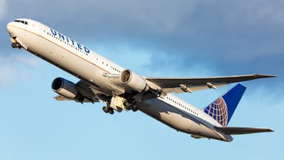 A picture of N66056 - Boeing 767424(ER) - United Airlines - © Andy Fonseca