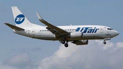 VP-BXU - Boeing 737-524 - UTair Aviation