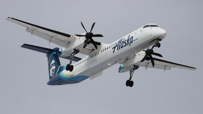 A picture of N426QX - De Havilland Canada Dash 8400 - Alaska Airlines - © Ethan Peters