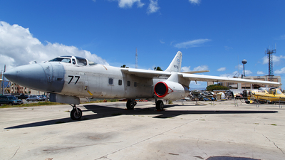 N877RS - Douglas NA-3B Skywarrior - Raytheon Aircraft