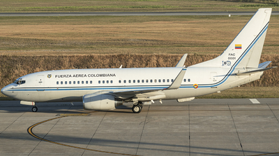 FAC0001 - Boeing 737-74V(BBJ) - Colombia - Air Force