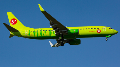 VQ-BRR - Boeing 737-8LP - S7 Airlines