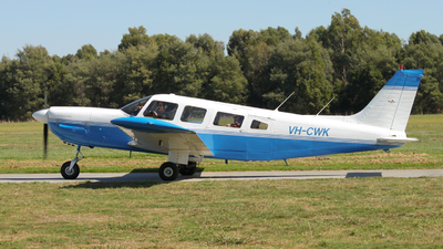 VH-CWK - Piper PA-32-300 Cherokee Six - Private