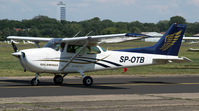 SP-OTB - Cessna 172 Skyhawk - Goldwings Flight Academy