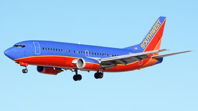 N665WN - Boeing 737-3Y0 - Southwest Airlines
