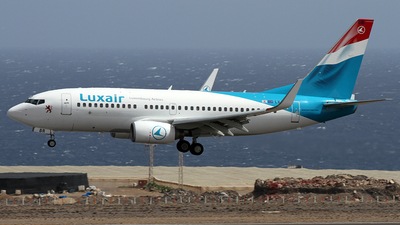 LX-LBR - Boeing 737-7K2 - Luxair - Luxembourg Airlines