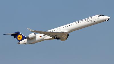 A picture of DACKI - Mitsubishi CRJ900LR - Lufthansa - © Oliver Richter
