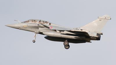 330 - Dassault Rafale B - France - Air Force