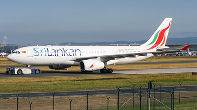 4R-ALG - Airbus A330-243 - SriLankan Airlines