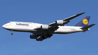 D-ABYR - Boeing 747-830 - Lufthansa