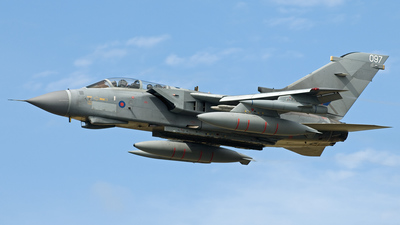 ZD749 - Panavia Tornado GR.4 - United Kingdom - Royal Air Force (RAF)