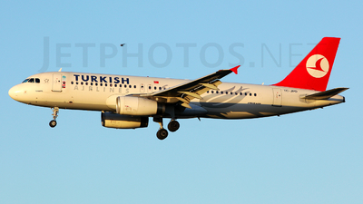 TC-JPD - Airbus A320-232 - Turkish Airlines