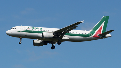 A picture of EIDSG - Airbus A320216 - Alitalia - © paoloz99