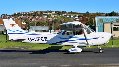 G-UFCE - Cessna 172S Skyhawk SP - Private