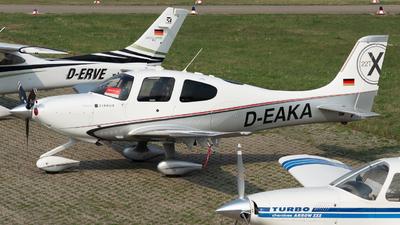 D-EAKA - Cirrus SR22T-GSx - Private