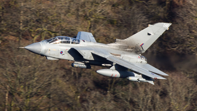 ZA554 - Panavia Tornado GR.4 - United Kingdom - Royal Air Force (RAF)