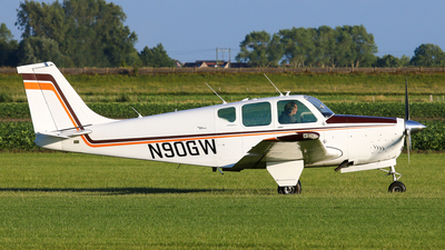 N90GW - Beechcraft 35-33 Debonair - Private