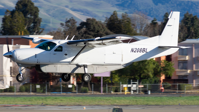 N208BL - Cessna 208B Grand Caravan - Private