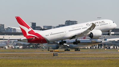 VH-ZNE - Boeing 787-9 Dreamliner - Qantas - Flightradar24
